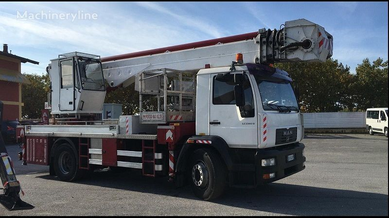 Multitel J 335 ALU bucket truck