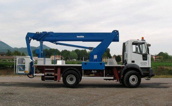 new TECCHIO bucket truck
