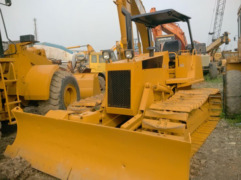 CATERPILLAR D3C bulldozer