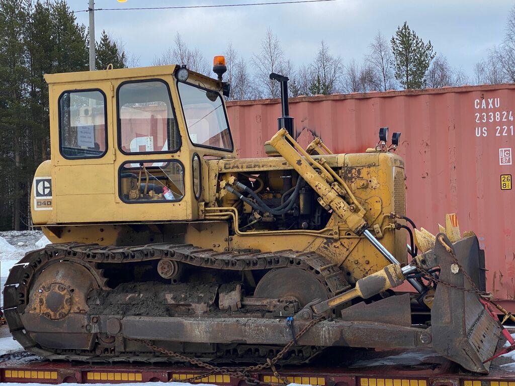 CATERPILLAR D4D bulldozer