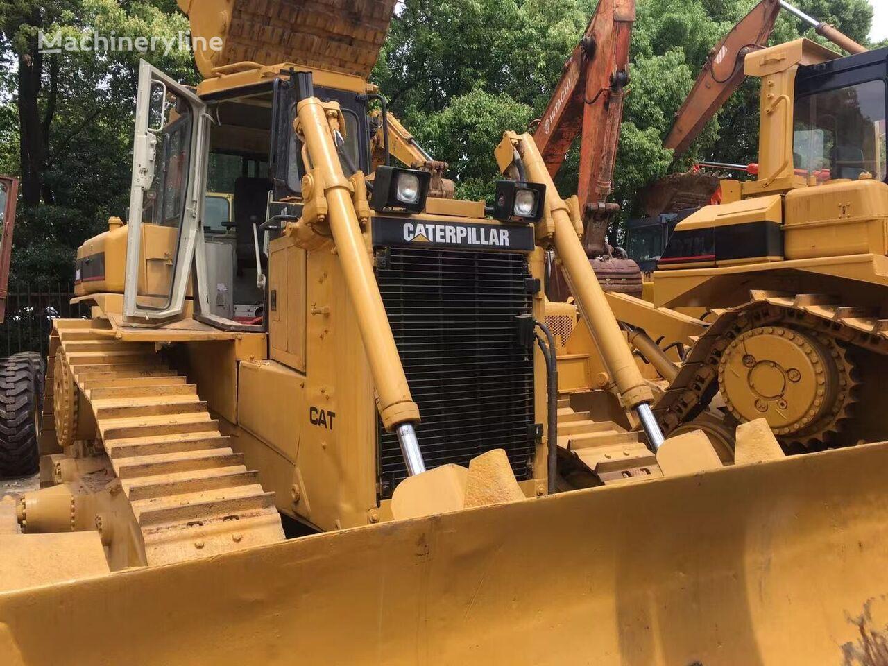 CATERPILLAR D6H-II bulldozer