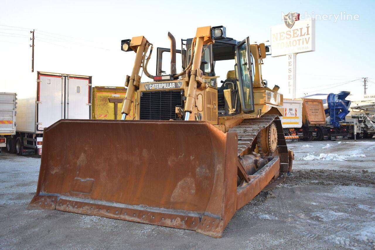 CATERPILLAR D6T-XL bulldozer
