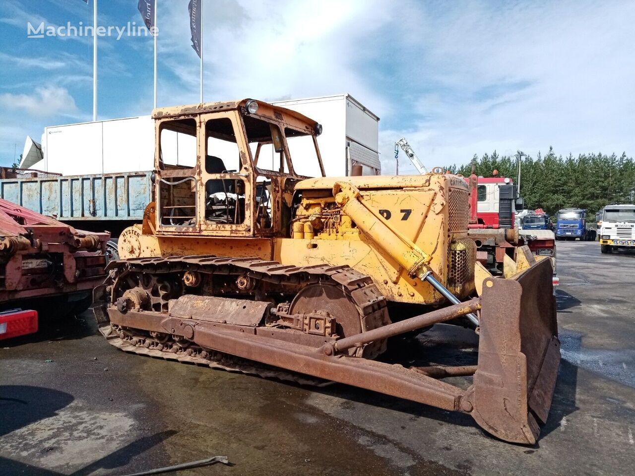 CATERPILLAR D7D bulldozer