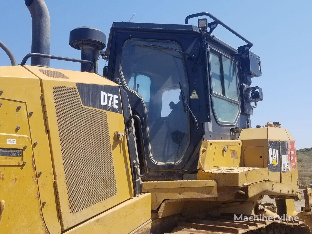 CATERPILLAR D7E bulldozer