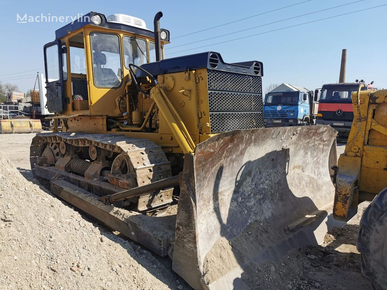 HTZ T130 bulldozer