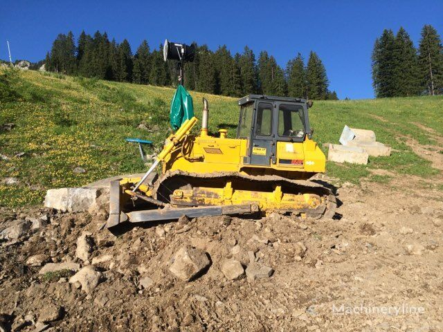KOMATSU D58P bulldozer