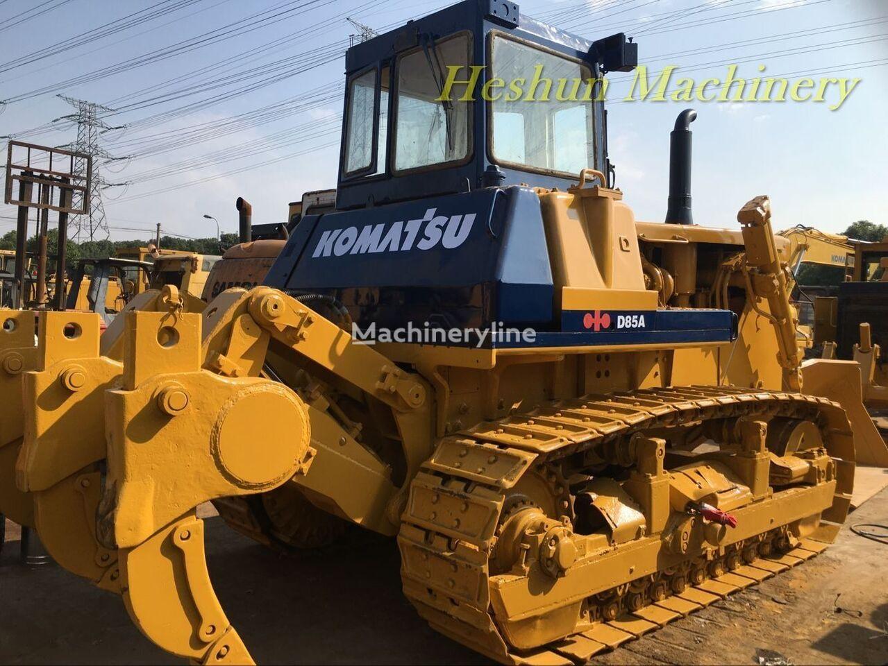 KOMATSU D85 bulldozer