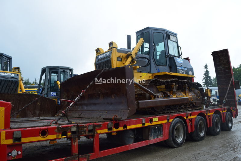 SHANTUI SD13 bulldozer