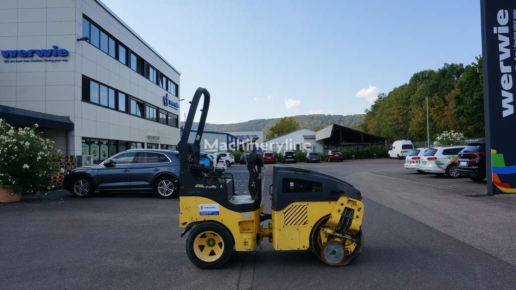 BOMAG BW 100 AC-4 combination roller