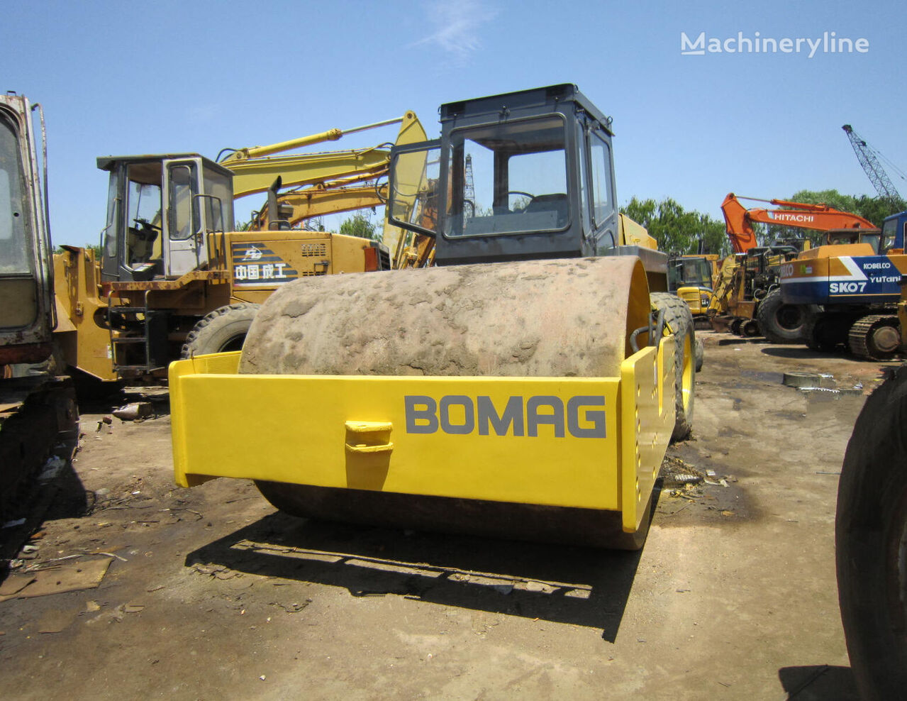 BOMAG BW217D compactor
