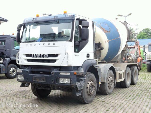 IVECO Trakker 360 concrete mixer truck