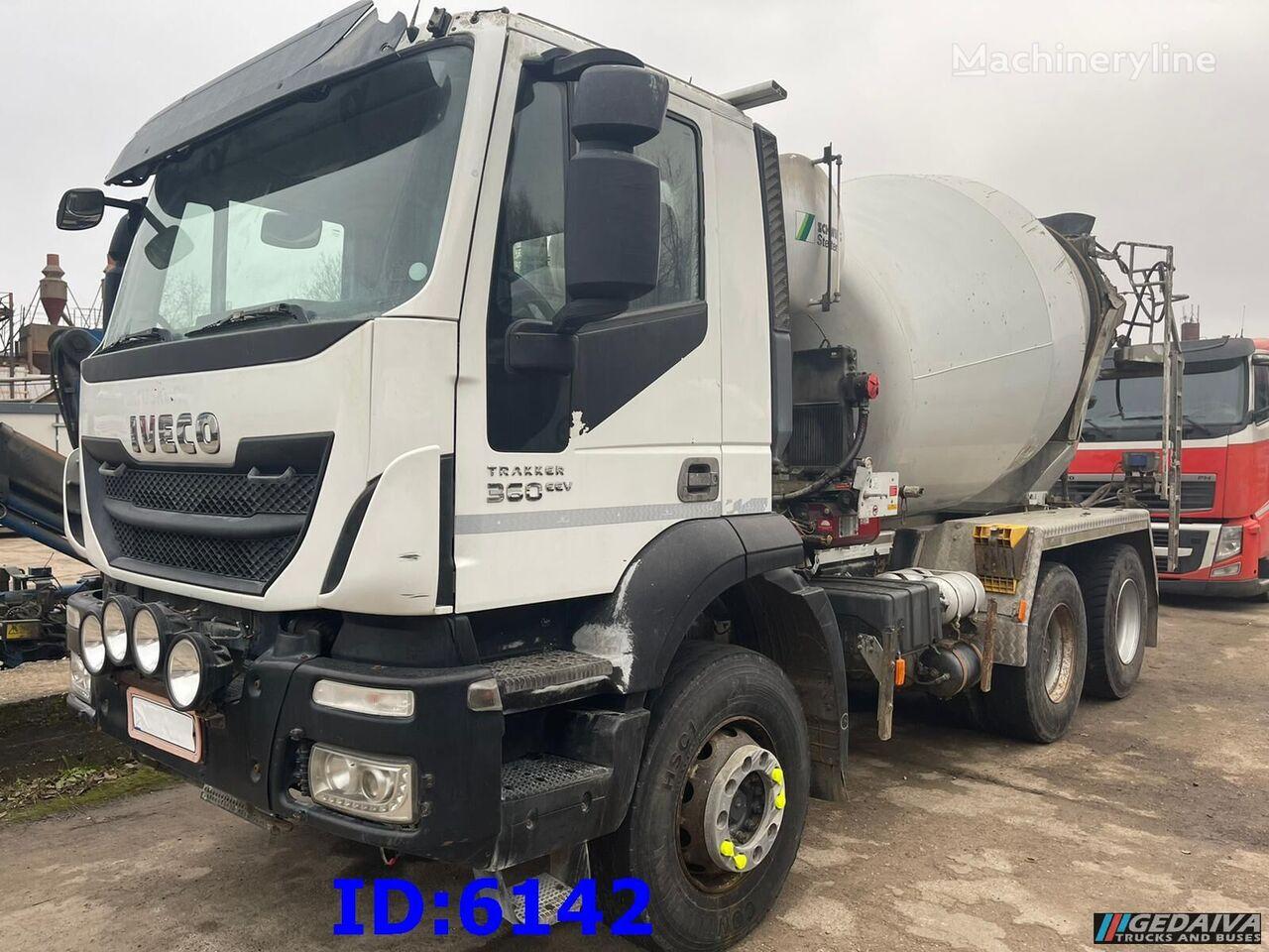 IVECO Trakker 360  Big Axle - 9m3 concrete mixer truck