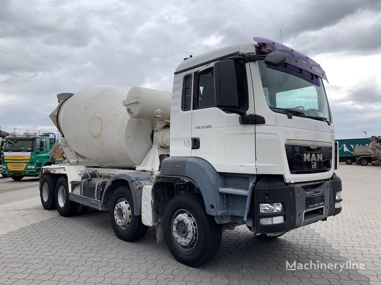 Liebherr  on chassis MAN TGS 35.360 8x4 Liebherr 9 cbm concrete mixer truck