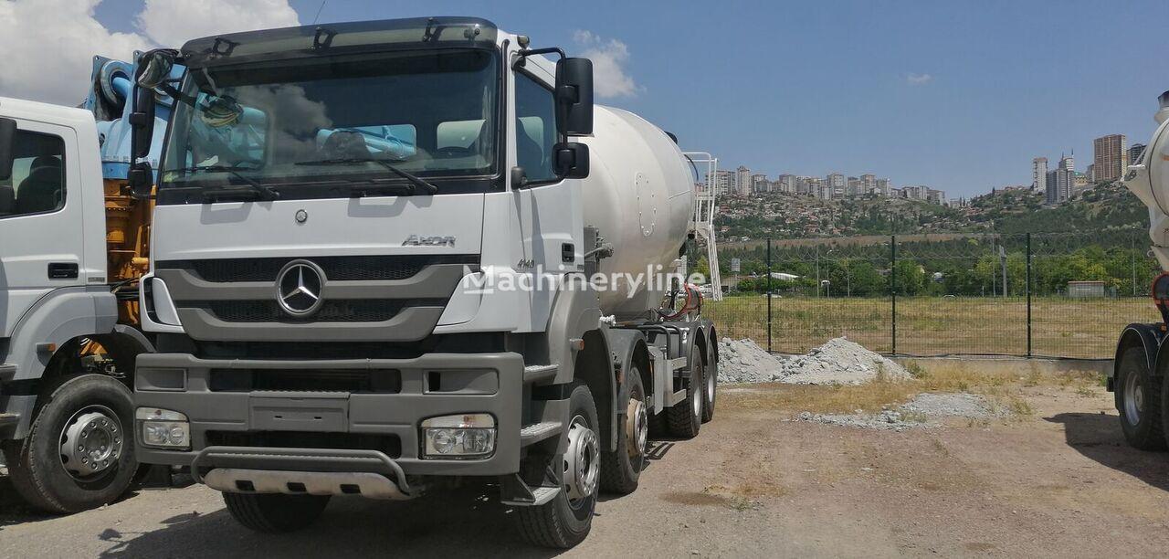 MERCEDES-BENZ concrete mixer truck