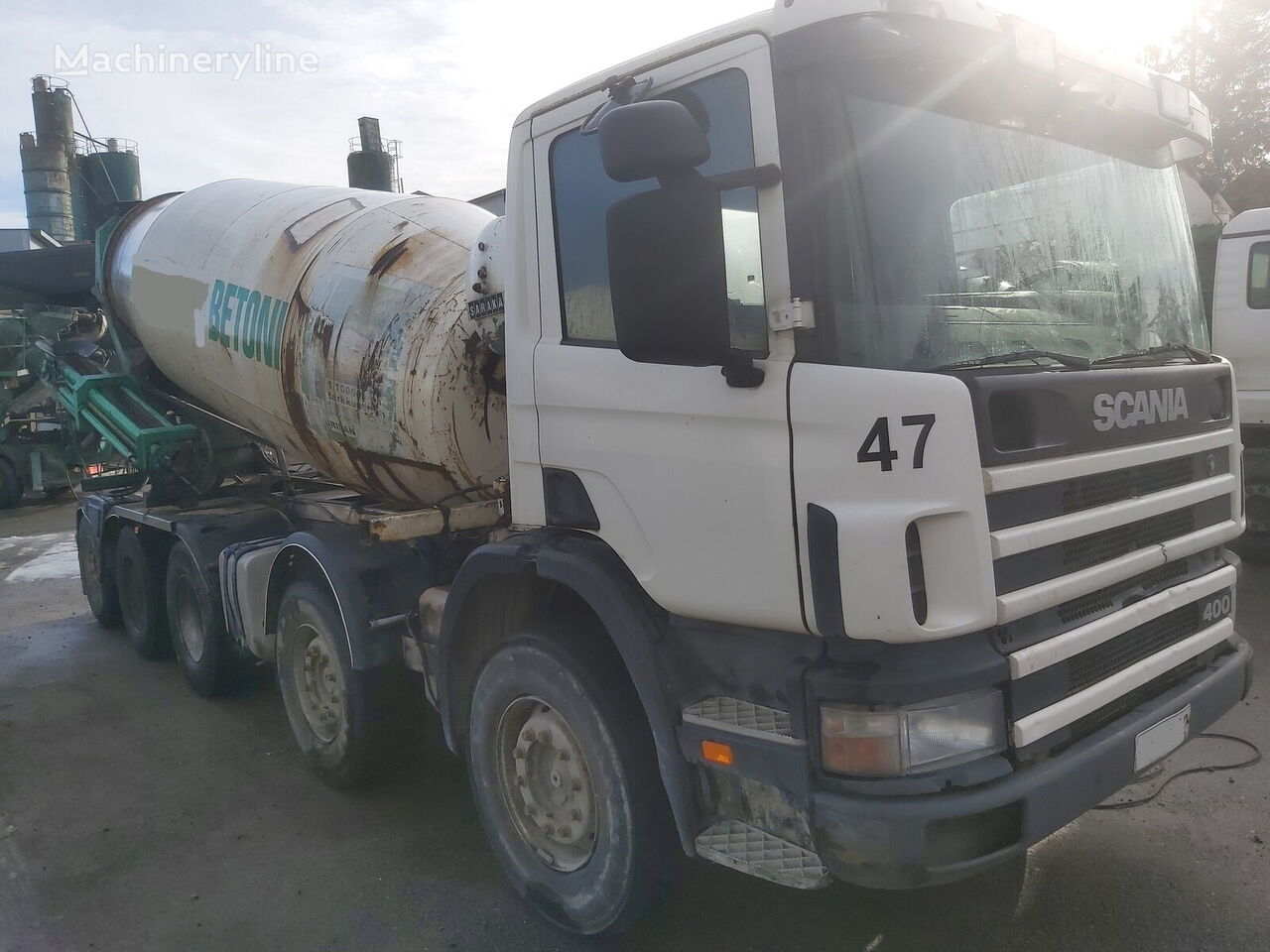 Saraka 12000L on chassis SCANIA 124 400PS  concrete mixer truck