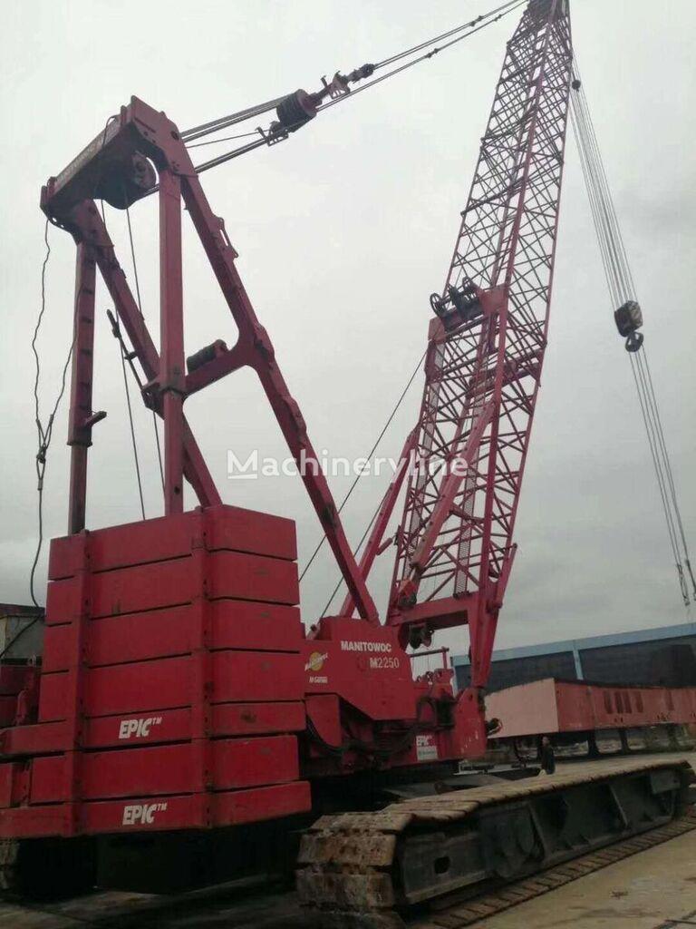 MANITOWOC M2250  crawler crane