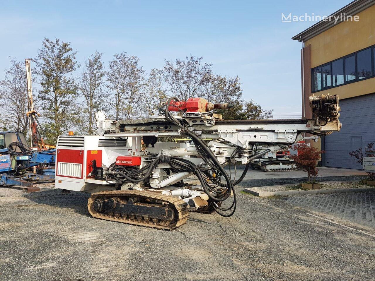 Comacchio MC800 drilling rig