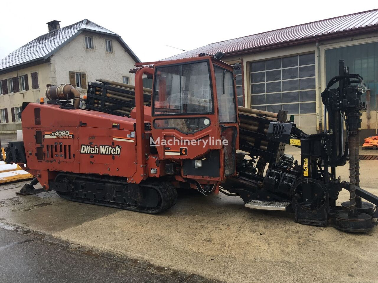 DITCH-WITCH JT4020 AT horizontal drilling rig
