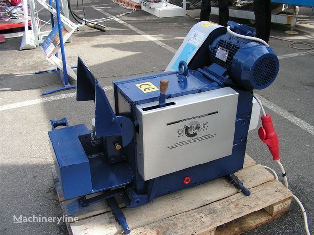 Stanok dlya rubki armatury S-42 industrial equipment