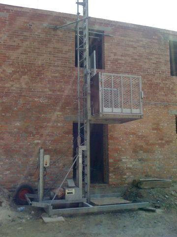 Tandheugel 13221 AT30 HL mast climbing platform