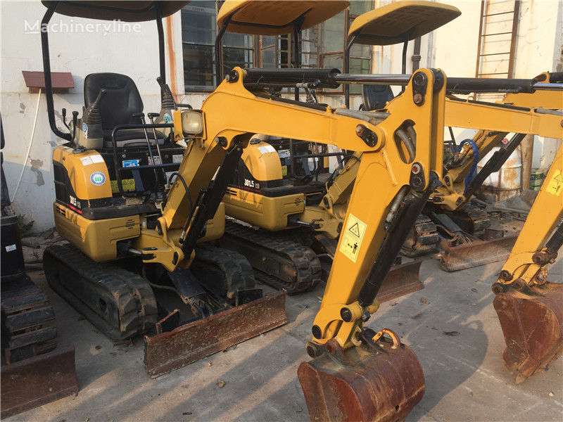 CATERPILLAR 301.5 mini digger