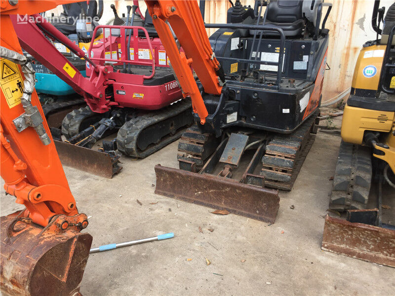 HITACHI ZX17 mini digger