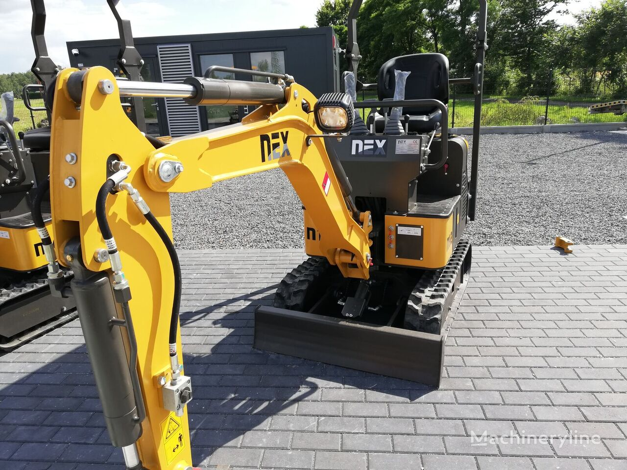 new NEX N12 Yanmar swing arm mini excavator