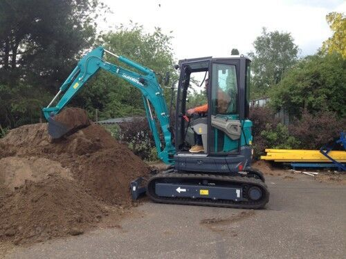 new SUNWARD SWE 25UF mini excavator
