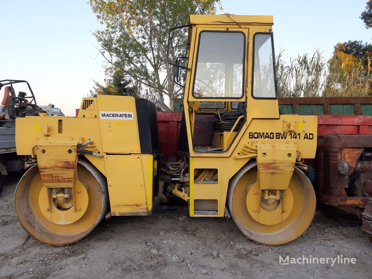 BOMAG BW 141 AD mini road roller