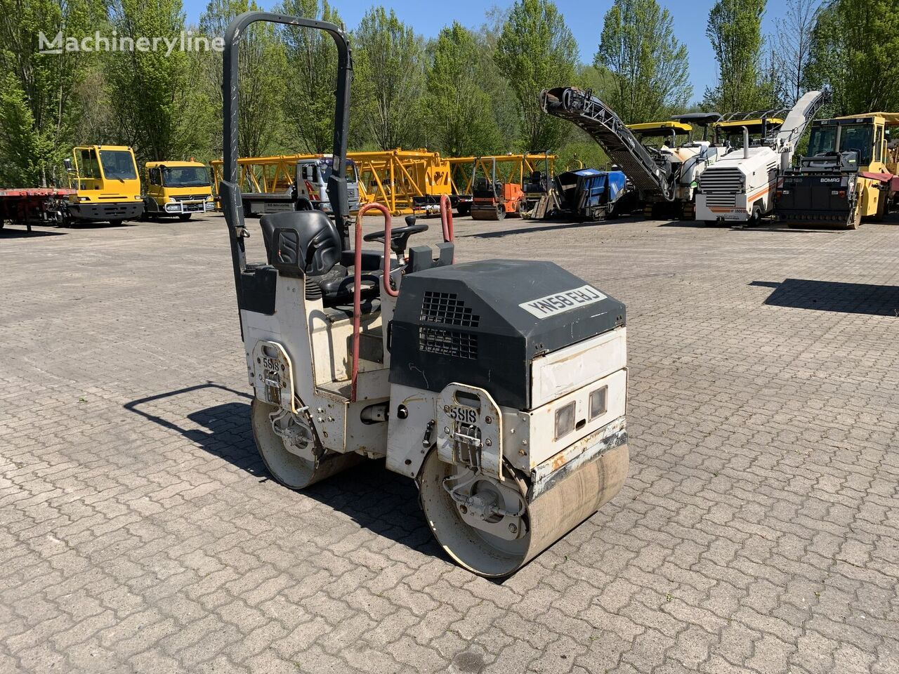 BOMAG BW80 AD-2 mini road roller