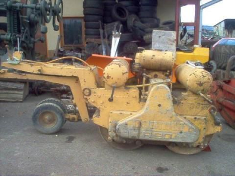 DUOMAT R 90 mini road roller
