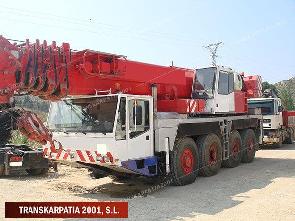 DEMAG AC 205 mobile crane