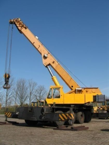 GOTTWALD TMK 100-44 mobile crane