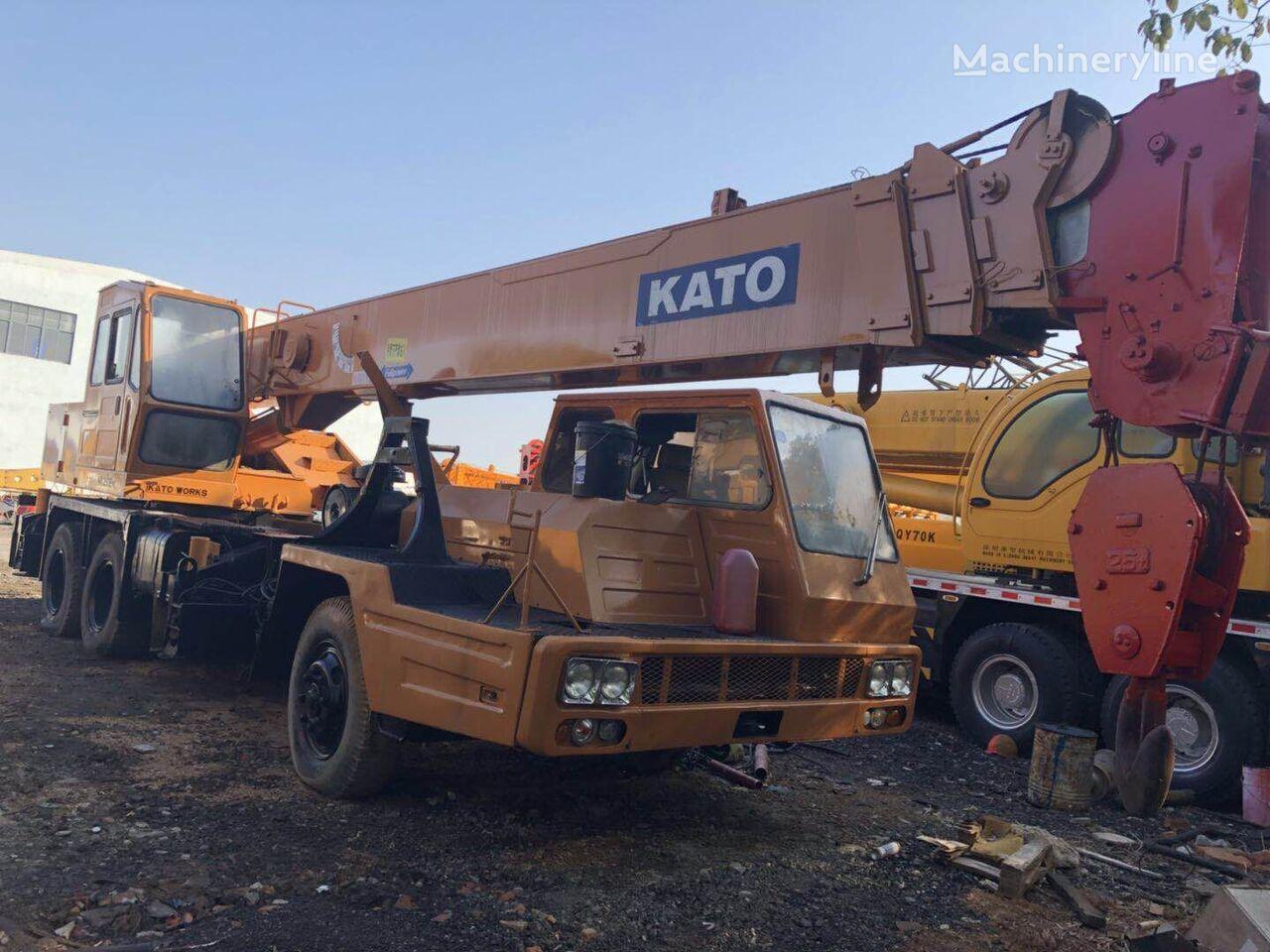 KATO NK250E mobile crane