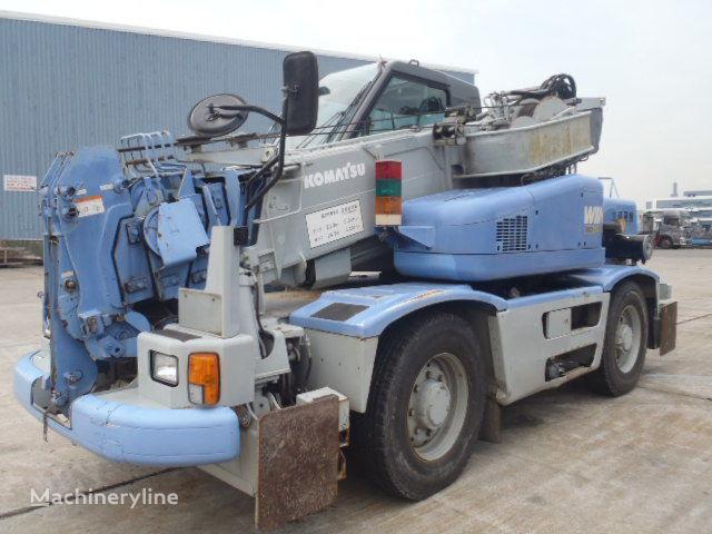 KOMATSU LW100  mobile crane
