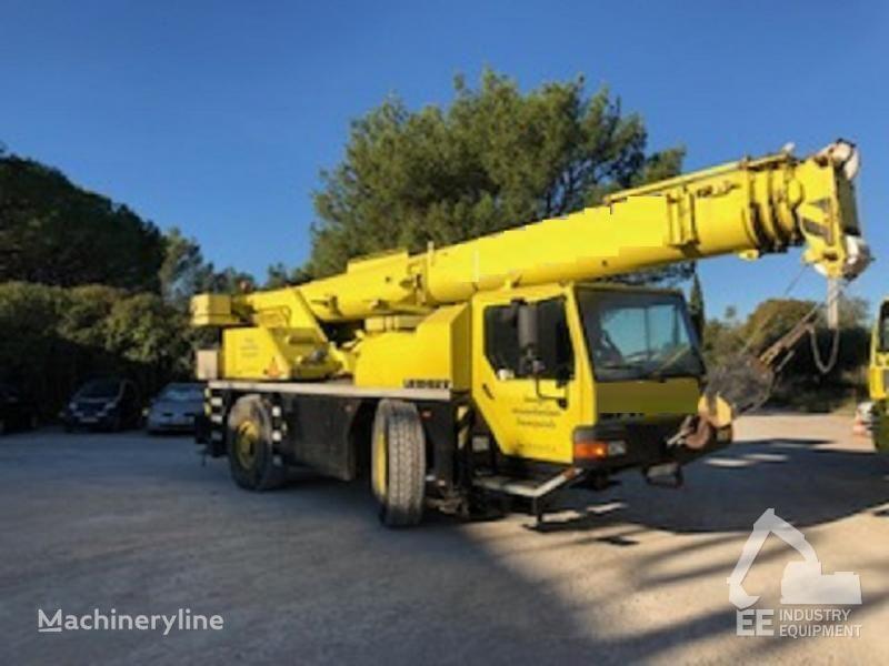 LIEBHERR LTM 1030-2 mobile crane