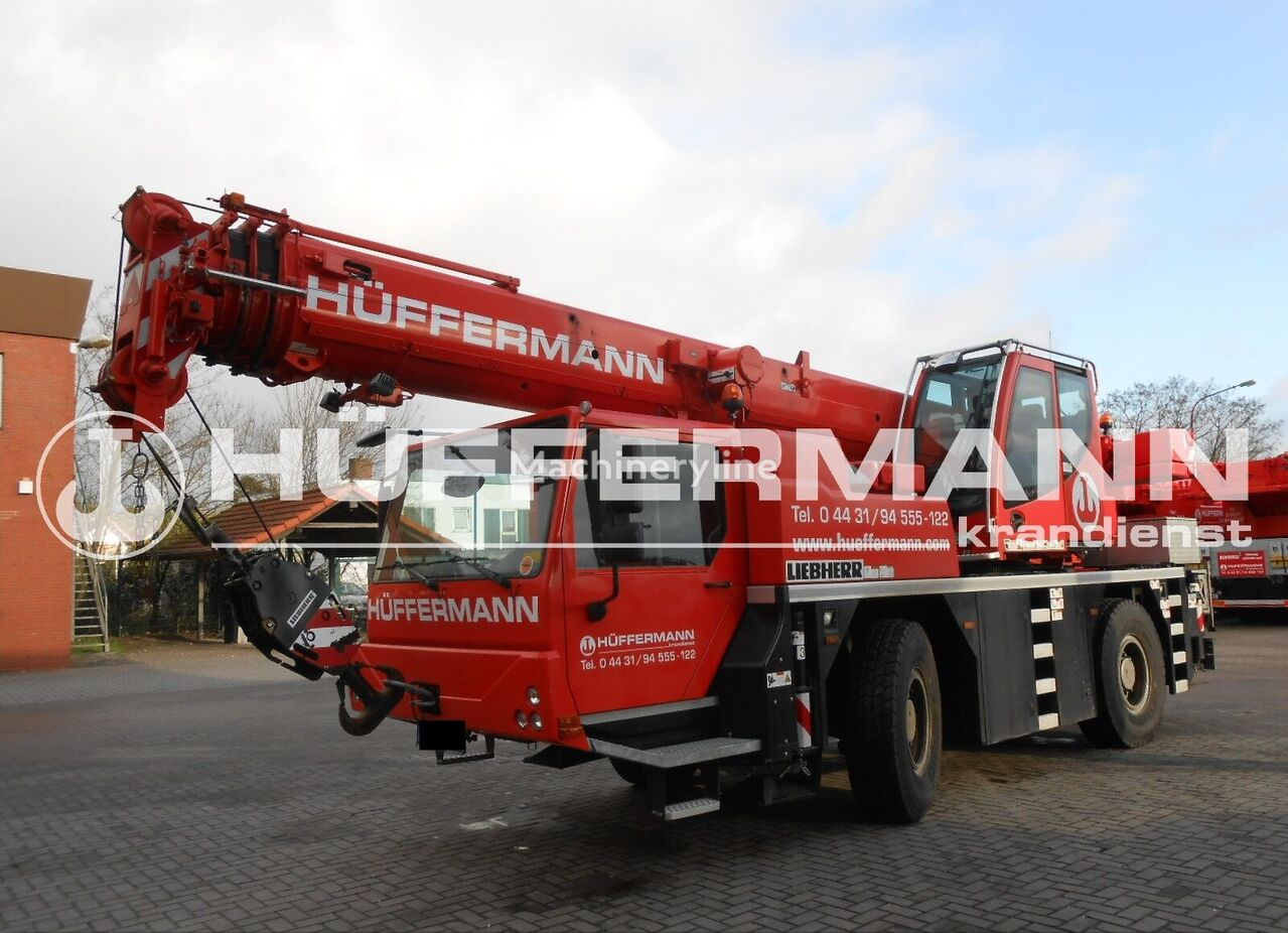 LIEBHERR LTM 1030-2.1 mobile crane