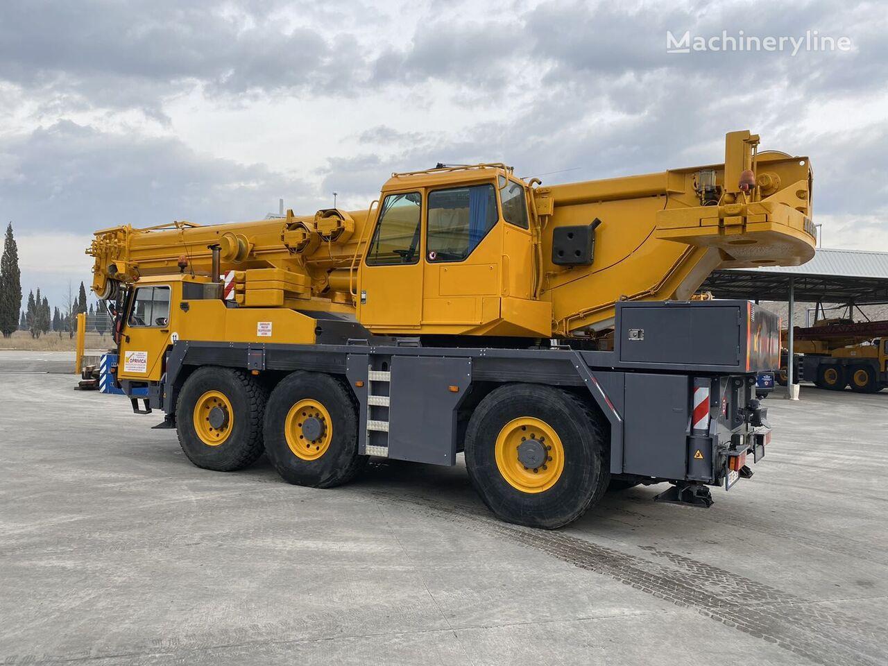 LIEBHERR LTM 1050/1 mobile crane