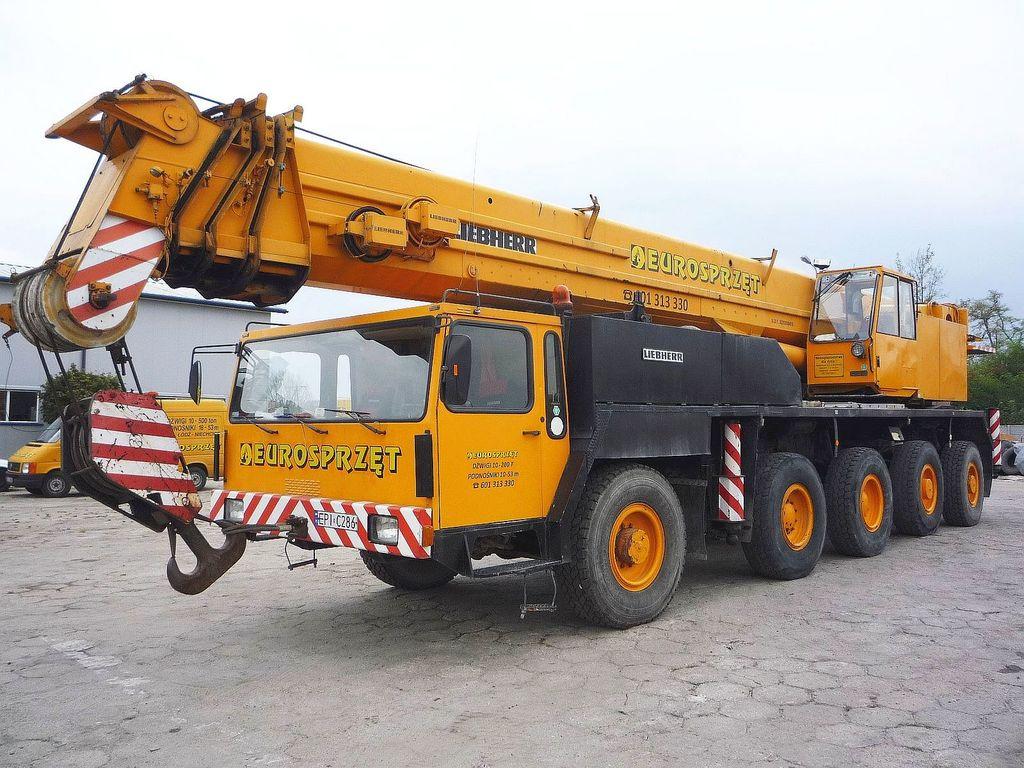 LIEBHERR LTM 1100 mobile crane