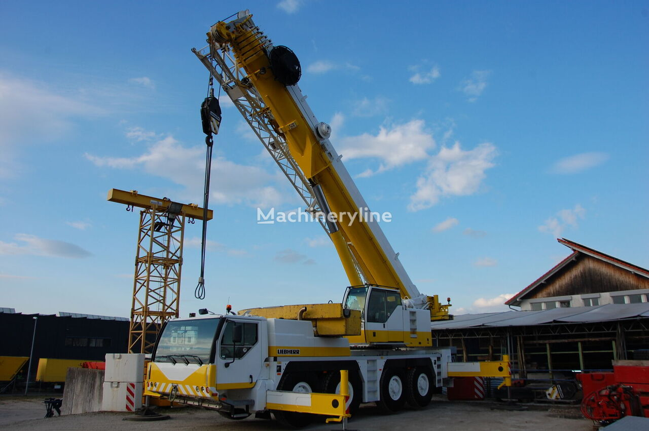 LIEBHERR LTM 1100-4.1 - hydr. Klappspitze mobile crane