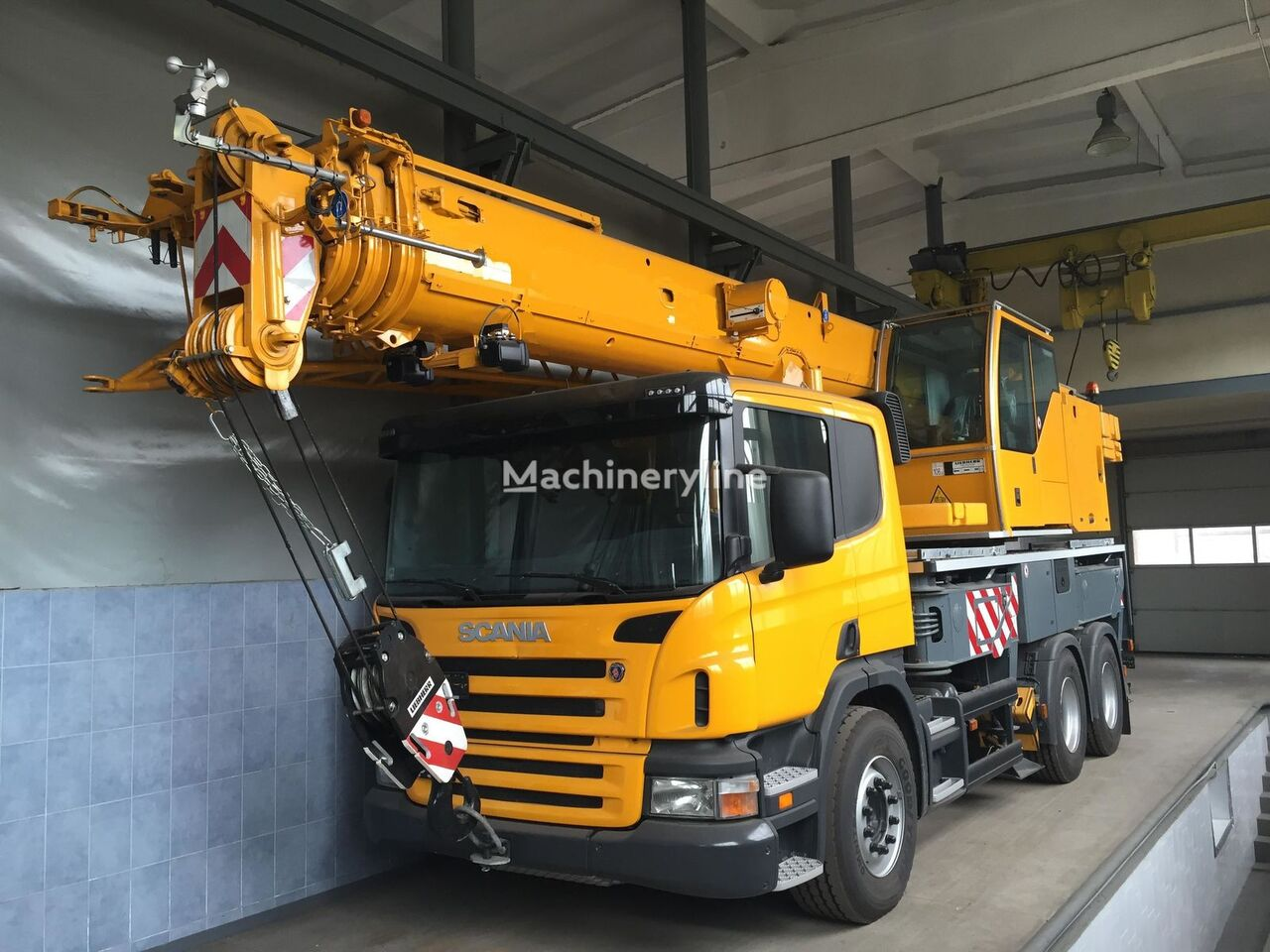 LIEBHERR LTF 1035 on chassis SCANIA mobile crane