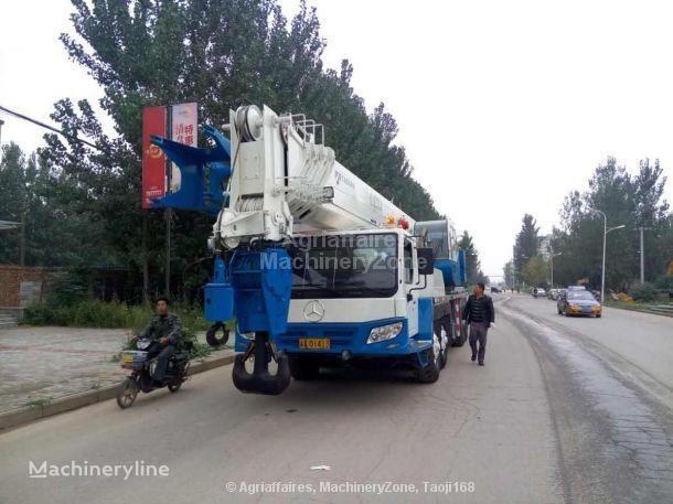 TADANO GT1200EX mobile crane
