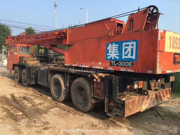 1995-tadano-tl300e-equipment-cover-image