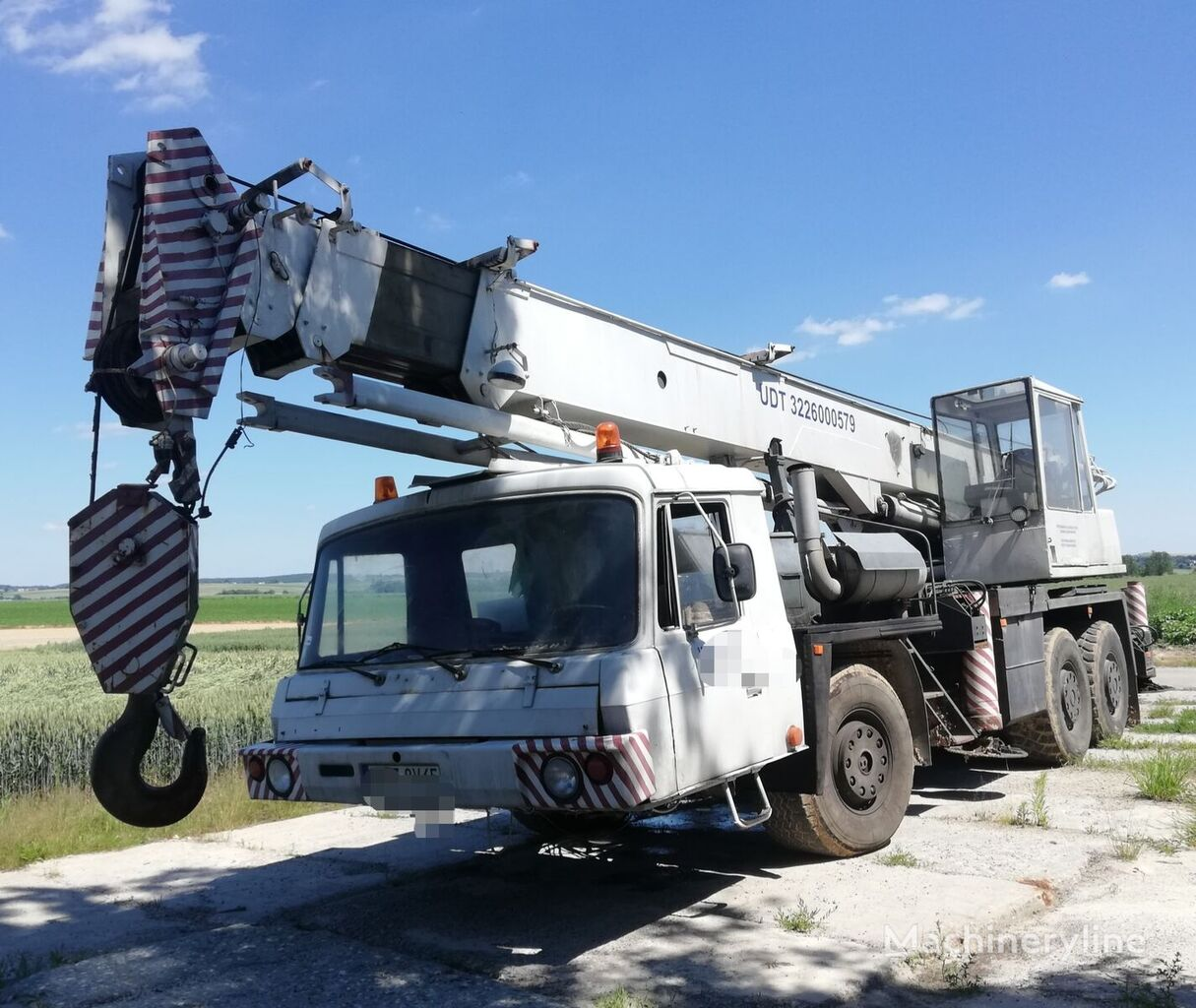 Bumar  on chassis TATRA T 815  AD28 CKD mobile crane