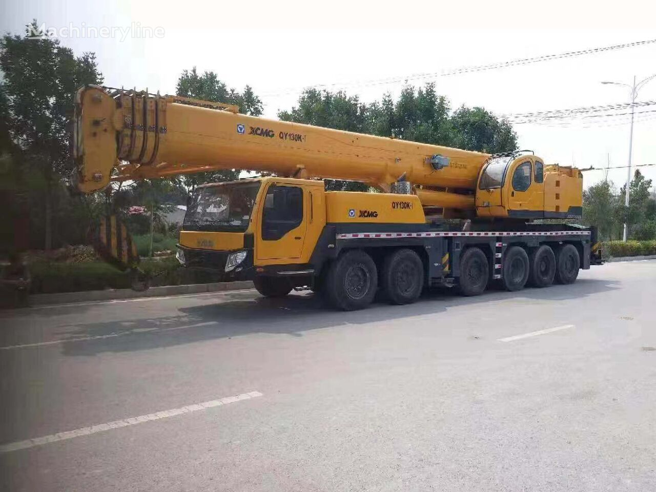 QY130K  on chassis XCMG QY130K 130ton  mobile crane