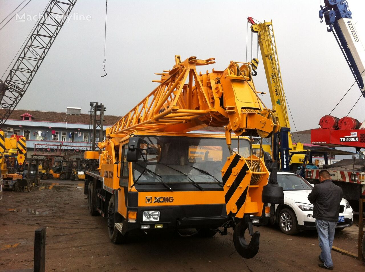 XCMG QY25K mobile crane
