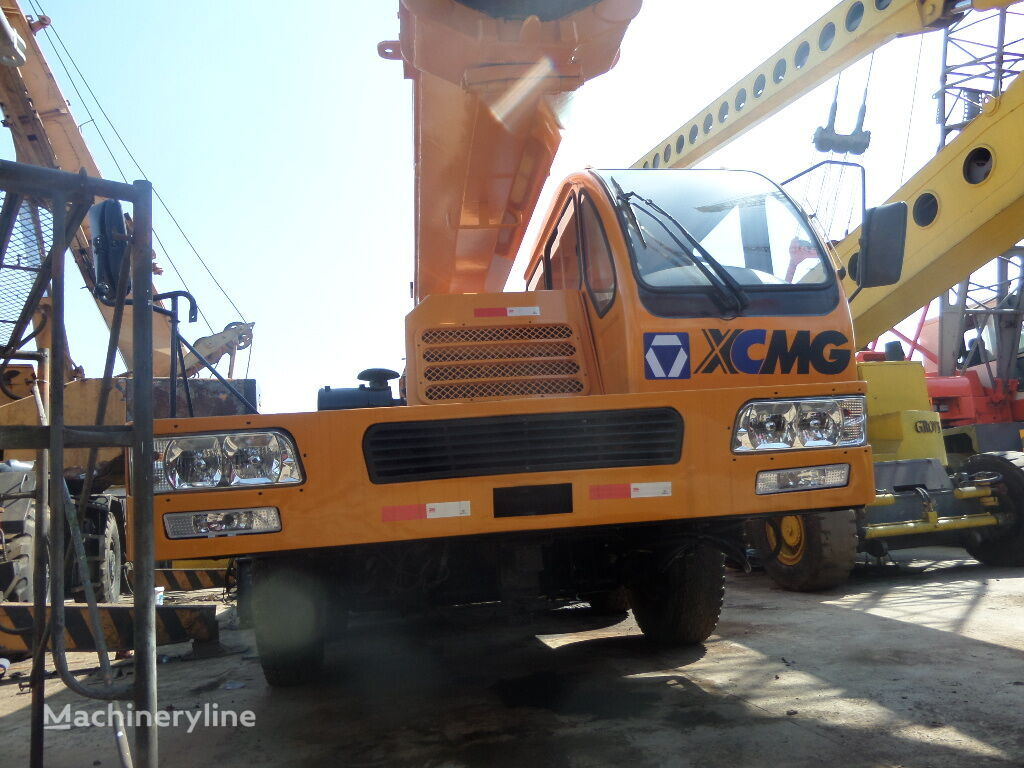 QY50B on chassis XCMG QY50B mobile crane