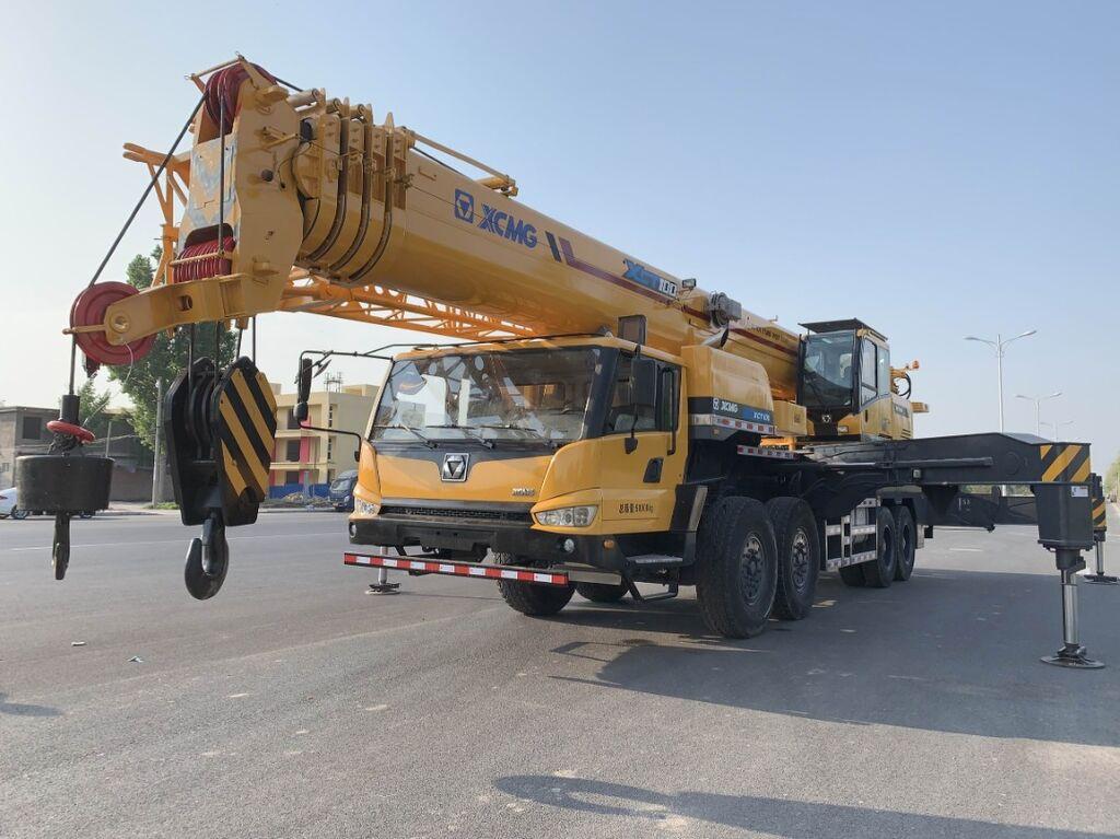 XCMG XCT100 mobile crane