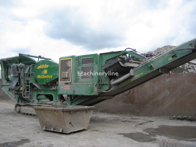 McCLOSKEY JAA mobile crushing plant