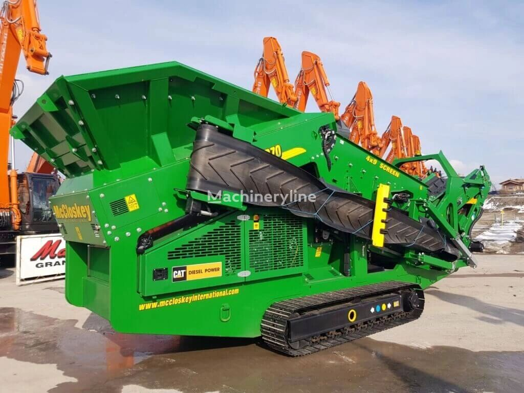 McCLOSKEY R70 mobile crushing plant